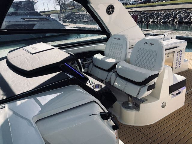 2021 Sea Ray boat for sale, model of the boat is 400SLX & Image # 28 of 49