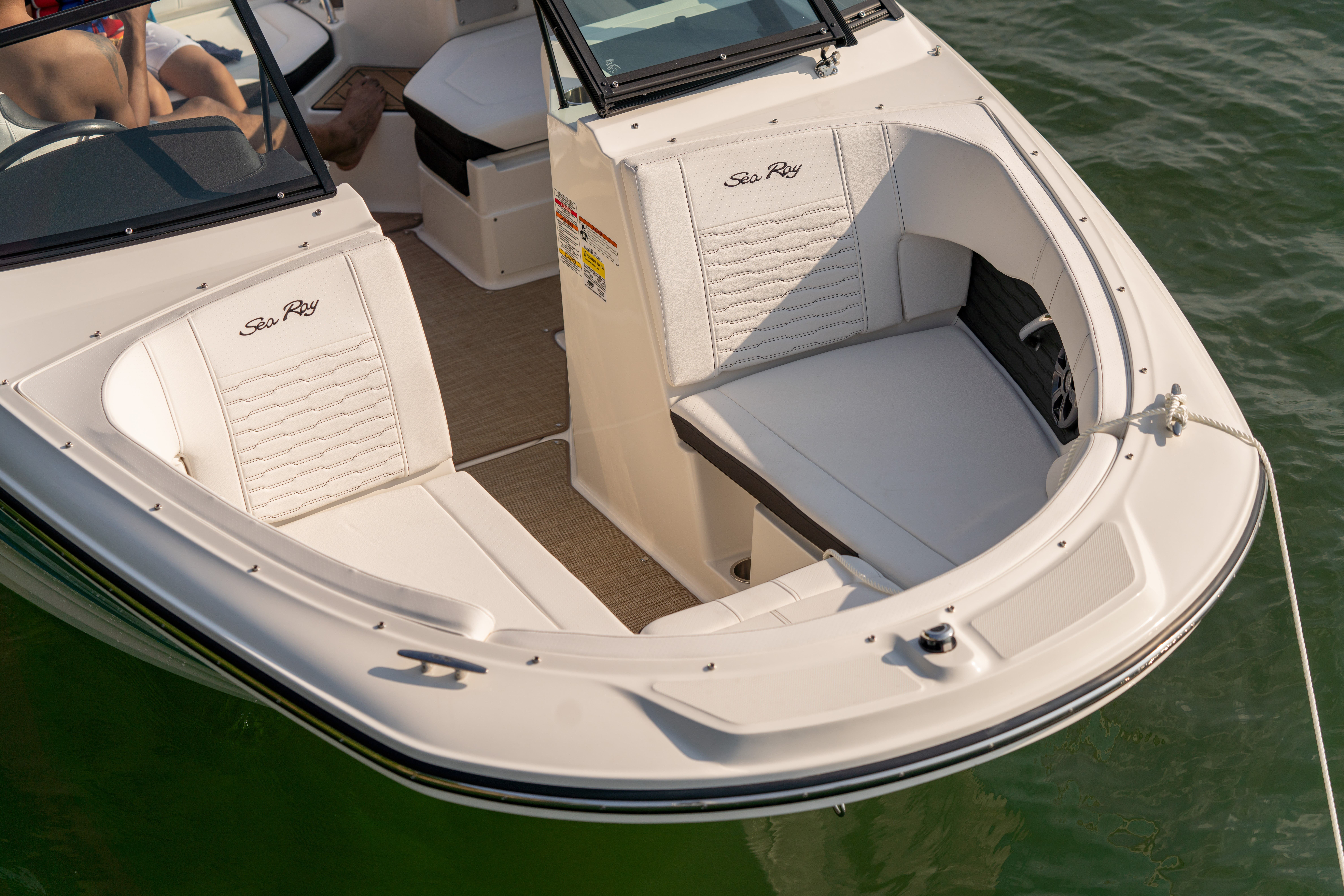 2021 Sea Ray boat for sale, model of the boat is 190 SPX & Image # 4 of 11