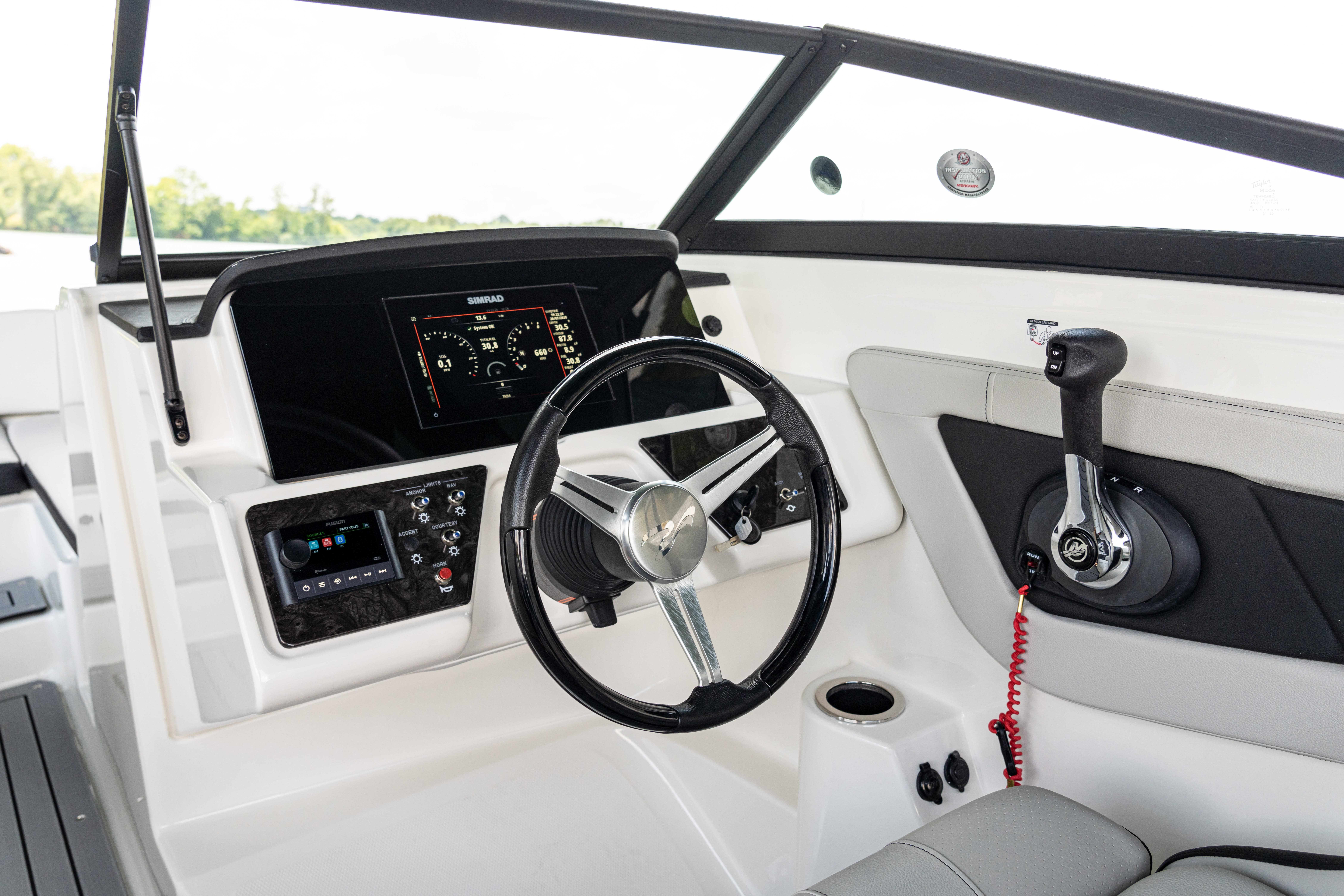 2021 Sea Ray boat for sale, model of the boat is 190 SPXO & Image # 3 of 8