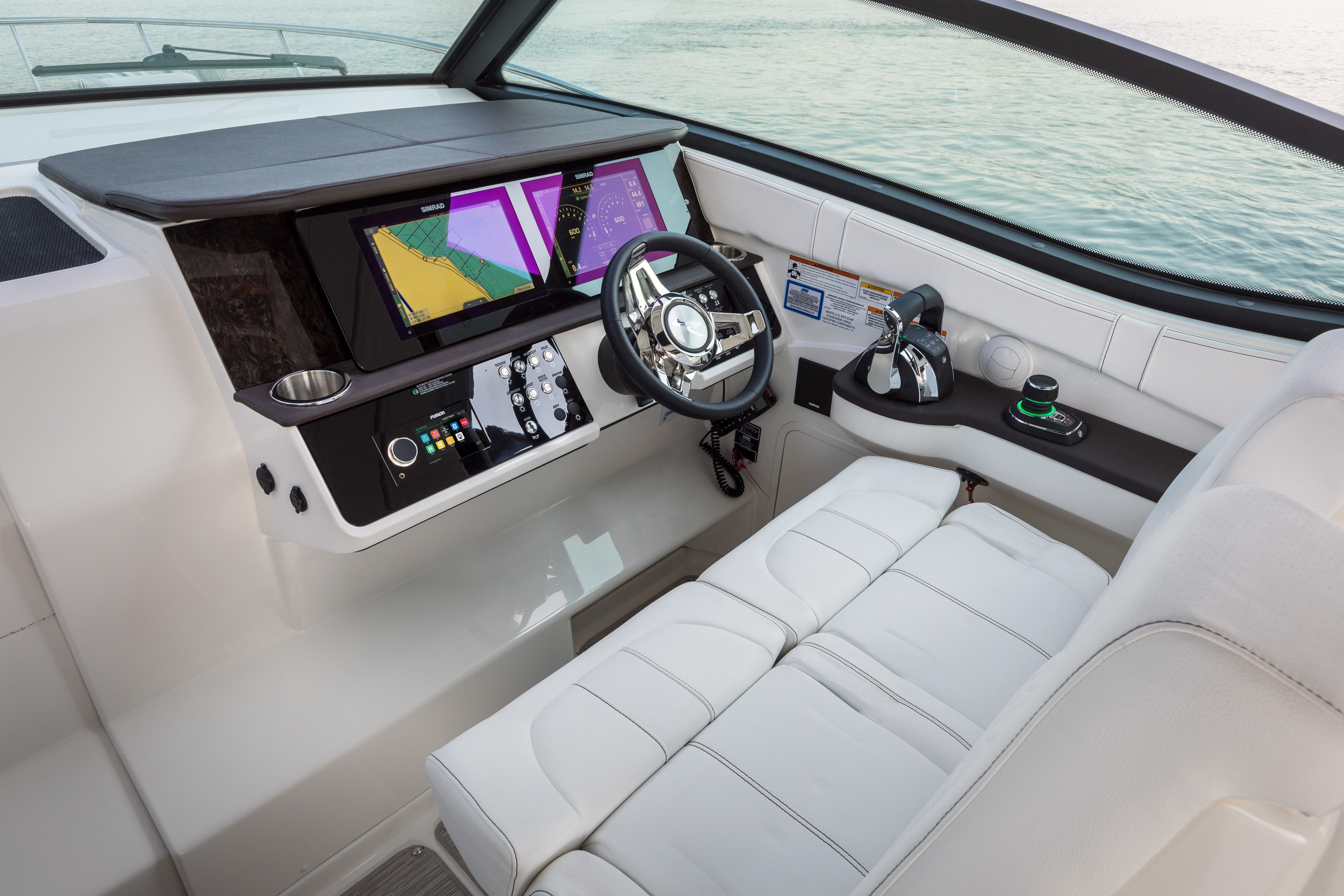 2021 Sea Ray boat for sale, model of the boat is 320 Sundancer & Image # 6 of 24