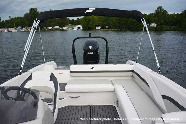 2021 Starcraft boat for sale, model of the boat is 211SVX/OB & Image # 6 of 12