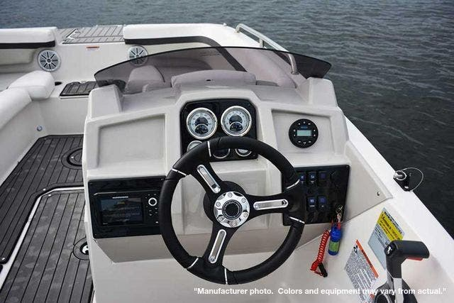 2021 Starcraft boat for sale, model of the boat is 211SVX/OB & Image # 10 of 12