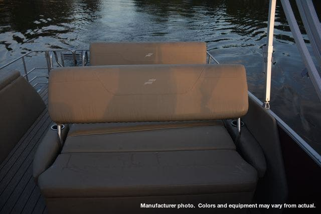 2021 Starcraft boat for sale, model of the boat is CX23DLTT & Image # 5 of 22