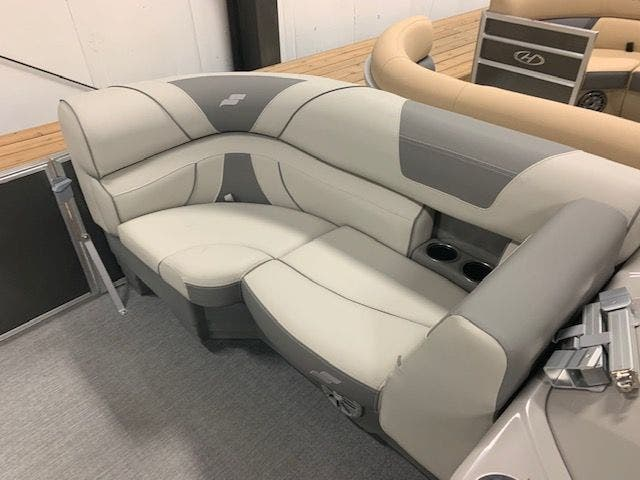 2021 Starcraft boat for sale, model of the boat is EX20R & Image # 3 of 11