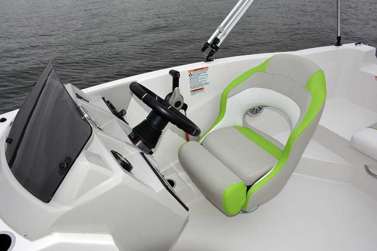 2021 Starcraft boat for sale, model of the boat is SVX 191 OB & Image # 7 of 19