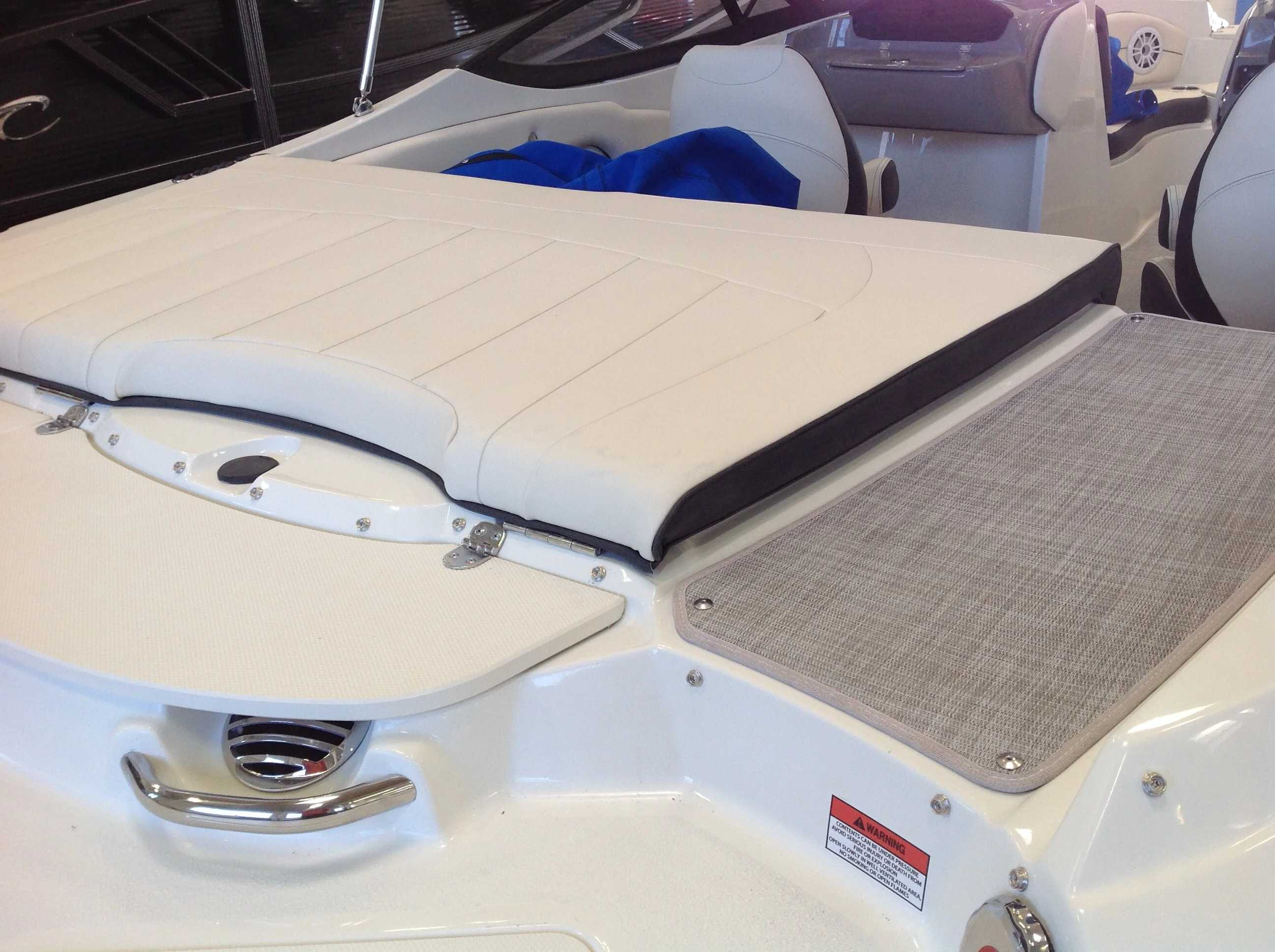 2021 Stingray boat for sale, model of the boat is 198lx & Image # 11 of 14