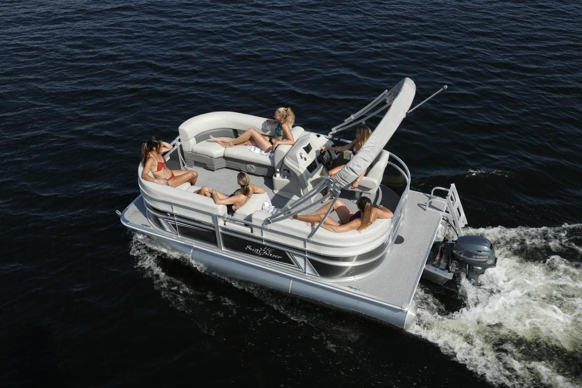 2021 SunChaser boat for sale, model of the boat is Vista & Image # 3 of 11