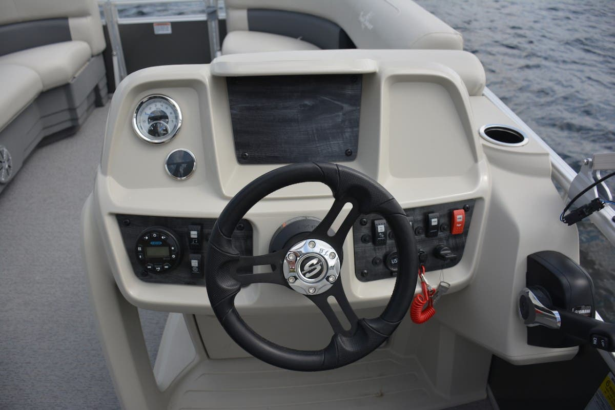 2021 SunChaser boat for sale, model of the boat is Vista & Image # 8 of 11