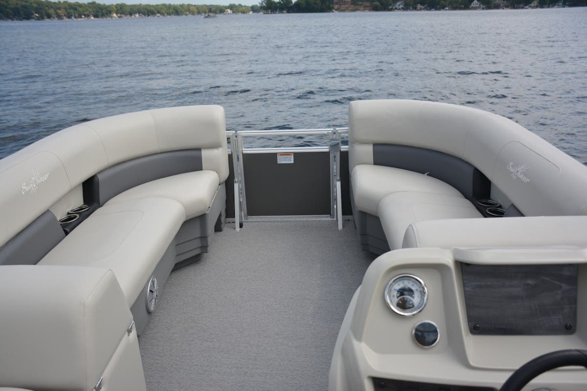 2021 SunChaser boat for sale, model of the boat is Vista & Image # 4 of 11