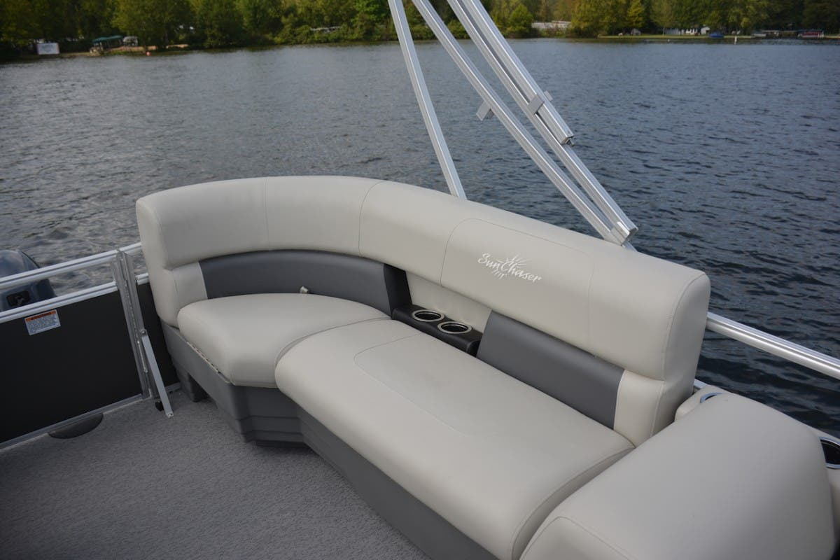 2021 SunChaser boat for sale, model of the boat is Vista & Image # 5 of 11