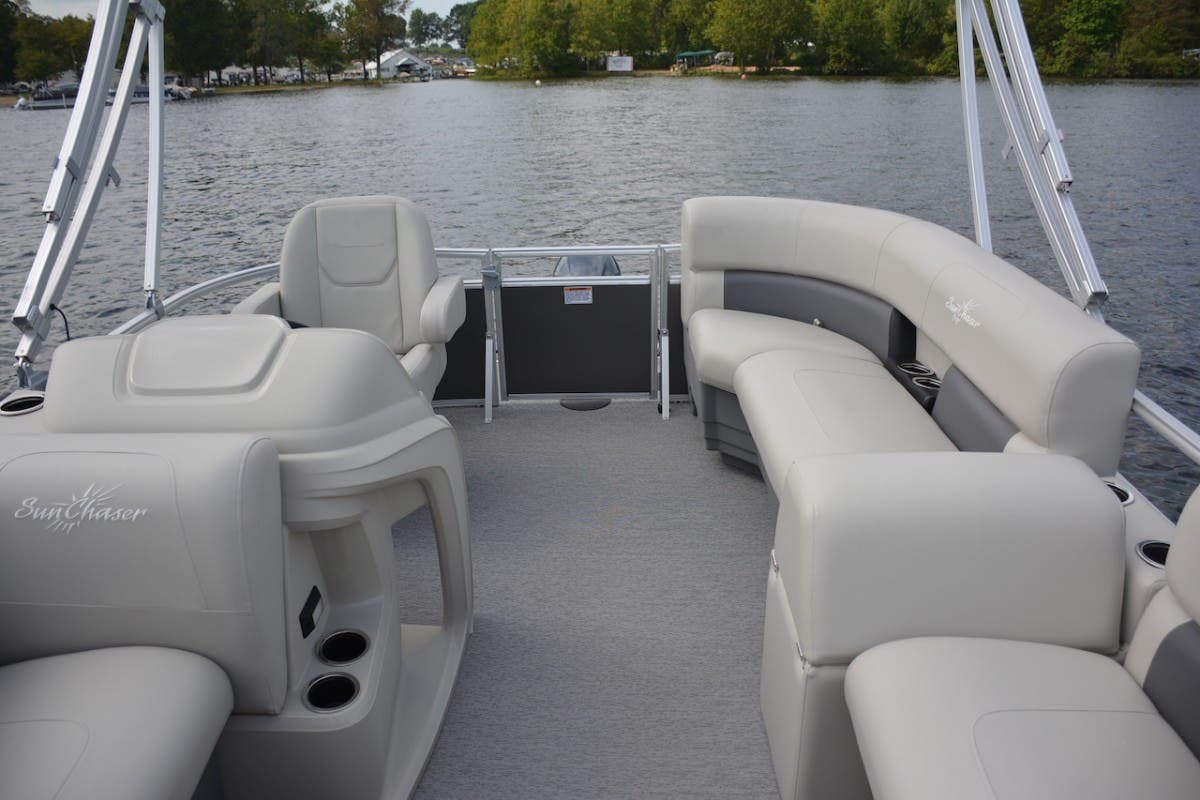 2021 SunChaser boat for sale, model of the boat is Vista & Image # 10 of 11