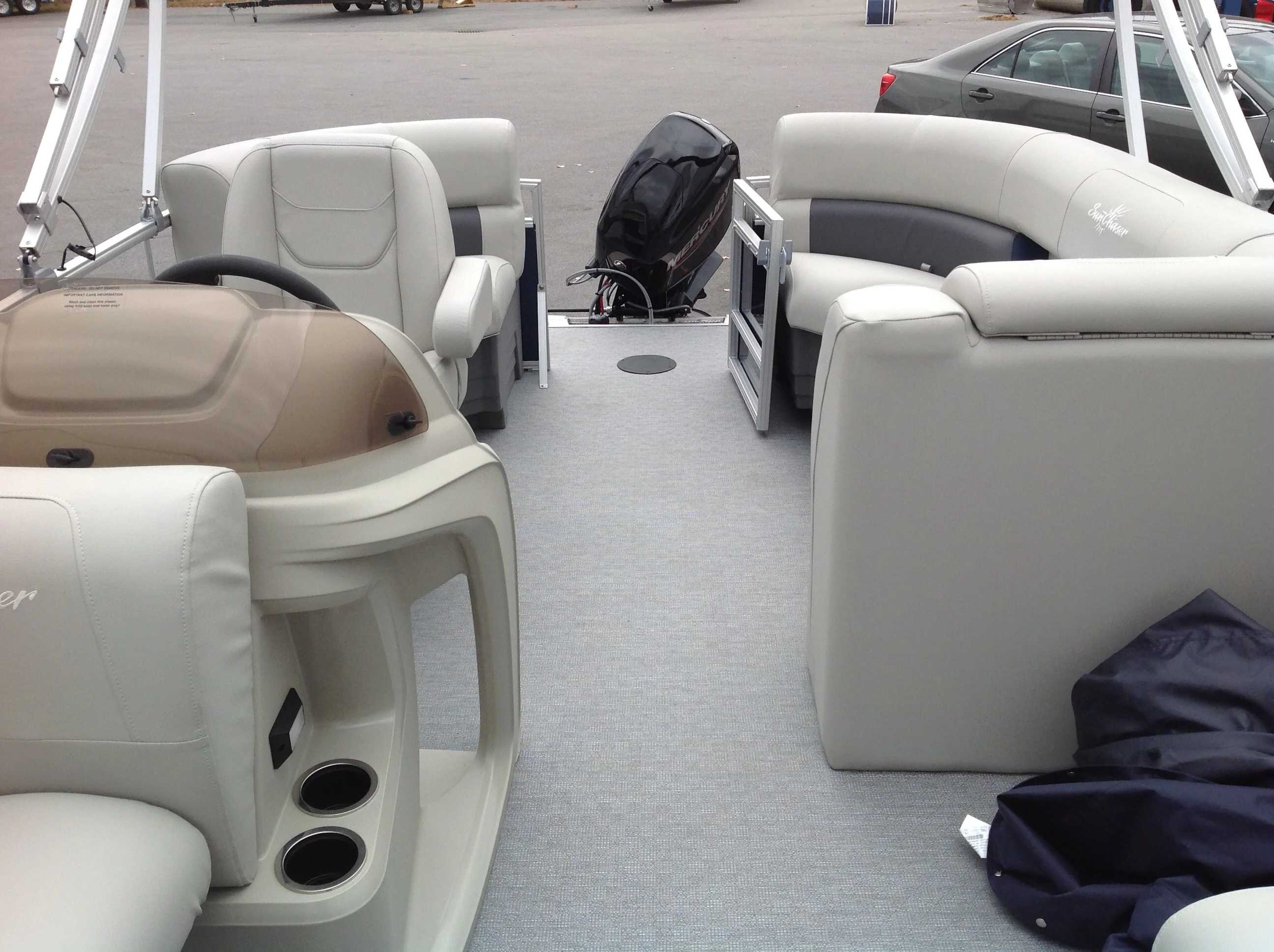 2021 SunChaser boat for sale, model of the boat is Vista & Image # 4 of 8