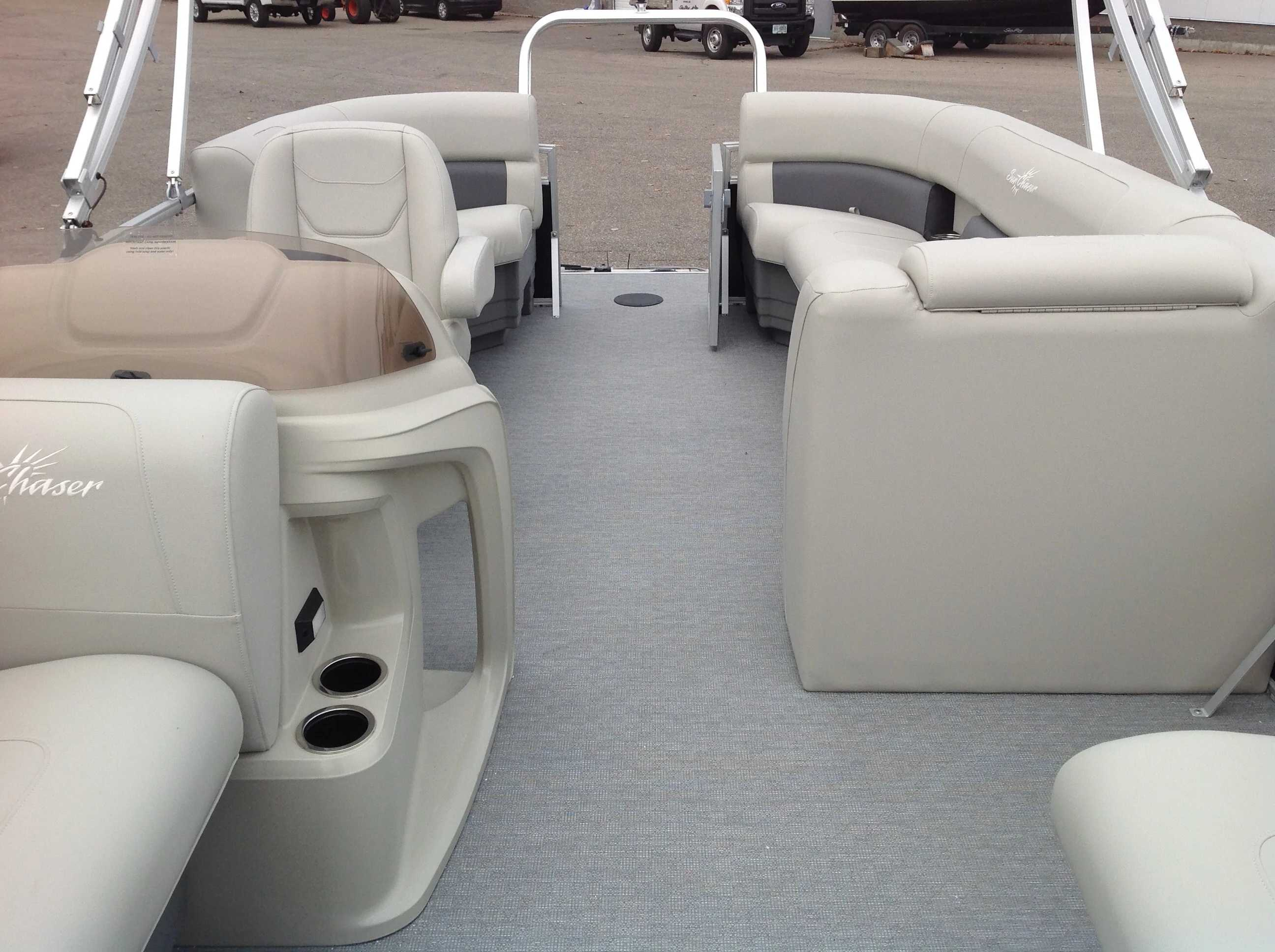 2021 SunChaser boat for sale, model of the boat is Sunchaser & Image # 4 of 10