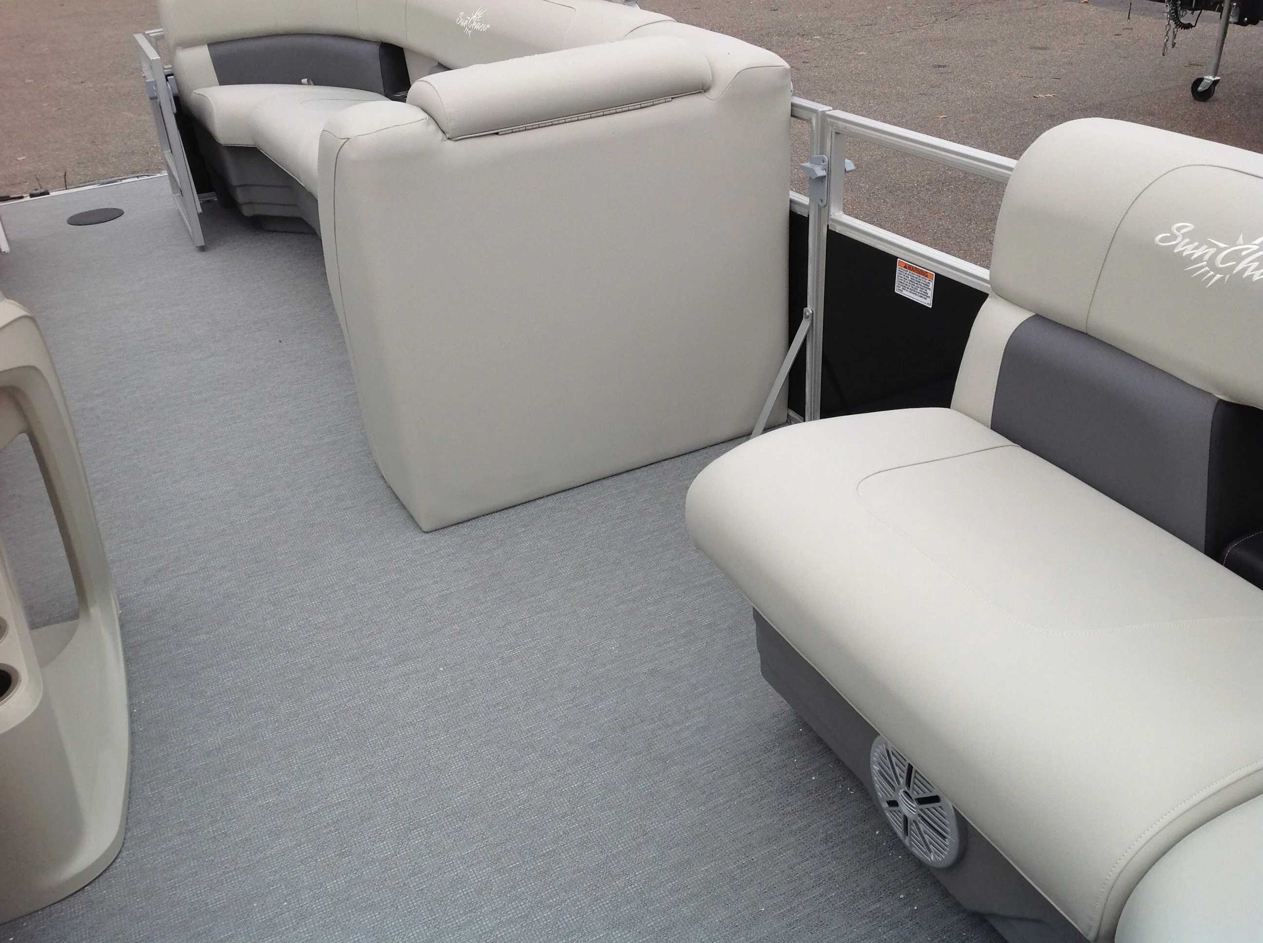 2021 SunChaser boat for sale, model of the boat is Sunchaser & Image # 5 of 10