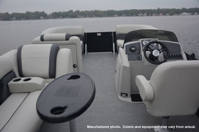 2021 Sylvan boat for sale, model of the boat is 8520MirageCRS & Image # 4 of 6