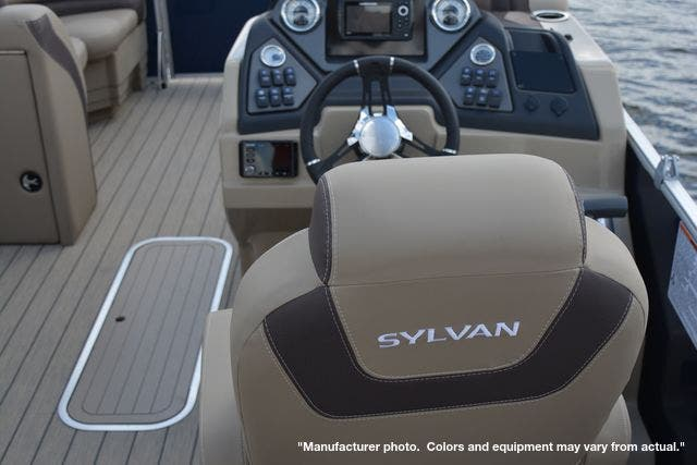2021 Sylvan boat for sale, model of the boat is L1DLZ & Image # 8 of 23