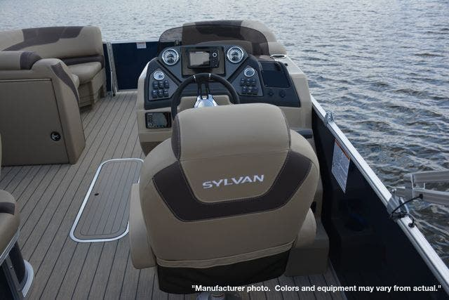 2021 Sylvan boat for sale, model of the boat is L1DLZ & Image # 9 of 23