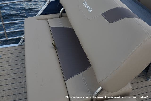 2021 Sylvan boat for sale, model of the boat is L1DLZ & Image # 15 of 23