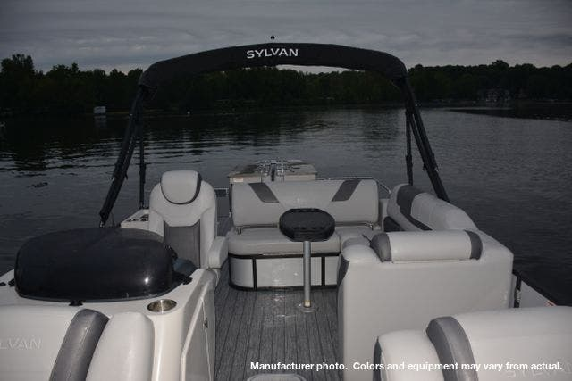 2021 Sylvan boat for sale, model of the boat is L3DLZBarTT & Image # 3 of 26