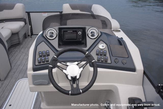 2021 Sylvan boat for sale, model of the boat is L3DLZBarTT & Image # 13 of 26
