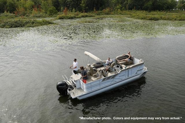 2021 Sylvan boat for sale, model of the boat is L3PF & Image # 3 of 7