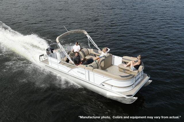 2021 Sylvan boat for sale, model of the boat is L3PF & Image # 6 of 7