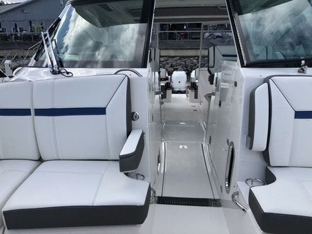 2021 Tiara Yachts boat for sale, model of the boat is 38LX & Image # 17 of 37