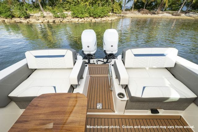 2021 Tiara Yachts boat for sale, model of the boat is 34LX & Image # 6 of 15