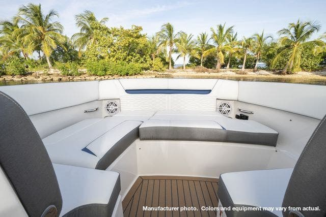 2021 Tiara Yachts boat for sale, model of the boat is 34LX & Image # 9 of 15