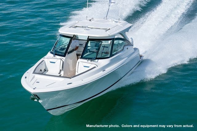 2021 Tiara Yachts boat for sale, model of the boat is 34LX & Image # 14 of 15