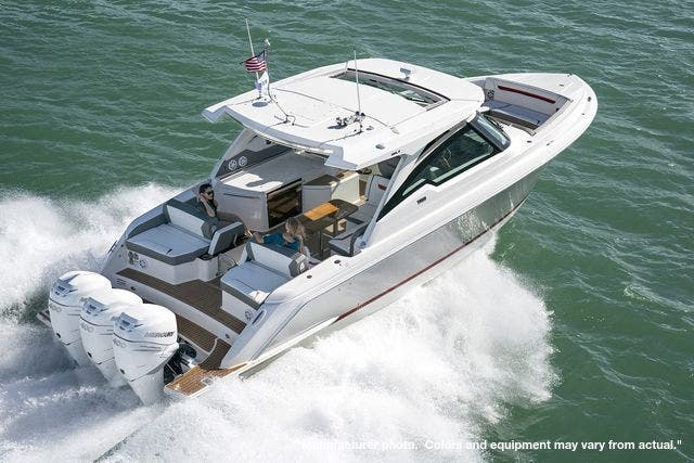 2021 Tiara Yachts boat for sale, model of the boat is 38LX & Image # 17 of 20