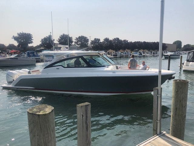2021 Tiara Yachts boat for sale, model of the boat is 38LX & Image # 3 of 11