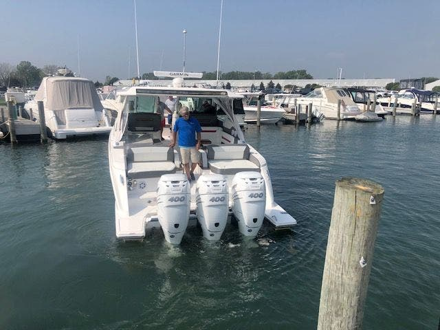 2021 Tiara Yachts boat for sale, model of the boat is 38LX & Image # 4 of 11