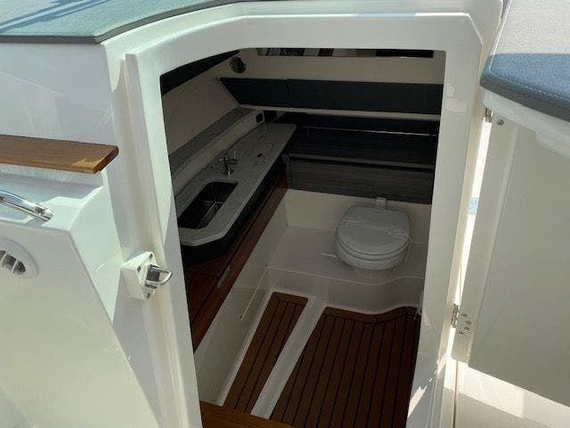 2021 Tiara Yachts boat for sale, model of the boat is 38LX & Image # 7 of 11