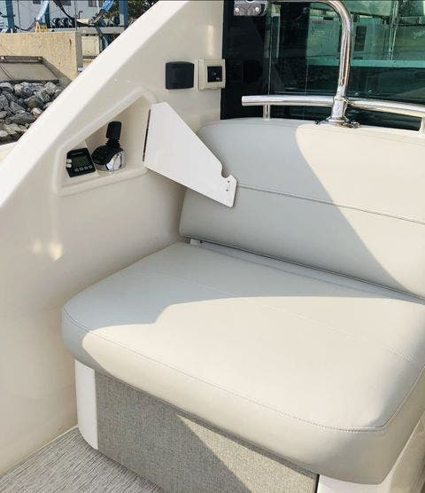 2021 Tiara Yachts boat for sale, model of the boat is 49Coupe & Image # 14 of 48
