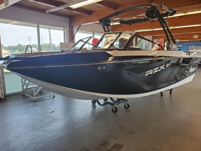 2021 Tige boat for sale, model of the boat is 20-RZX & Image # 3 of 17