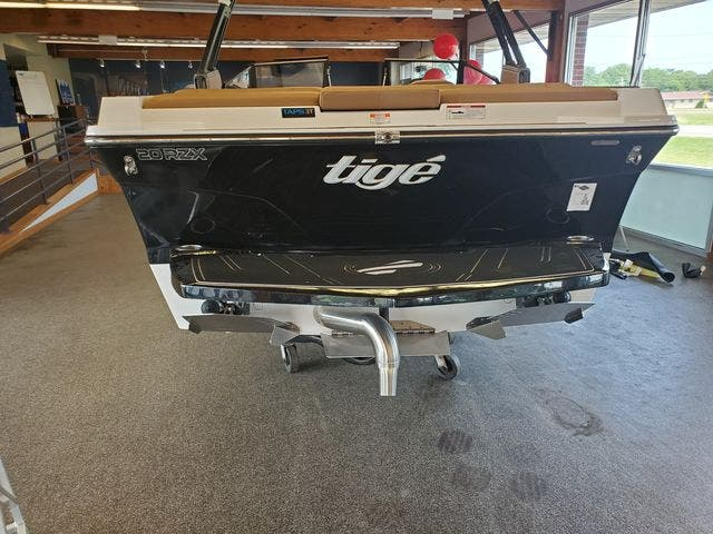 2021 Tige boat for sale, model of the boat is 20-RZX & Image # 6 of 17