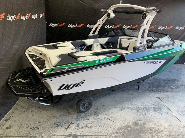 2021 Tige boat for sale, model of the boat is 22-RZX & Image # 4 of 4