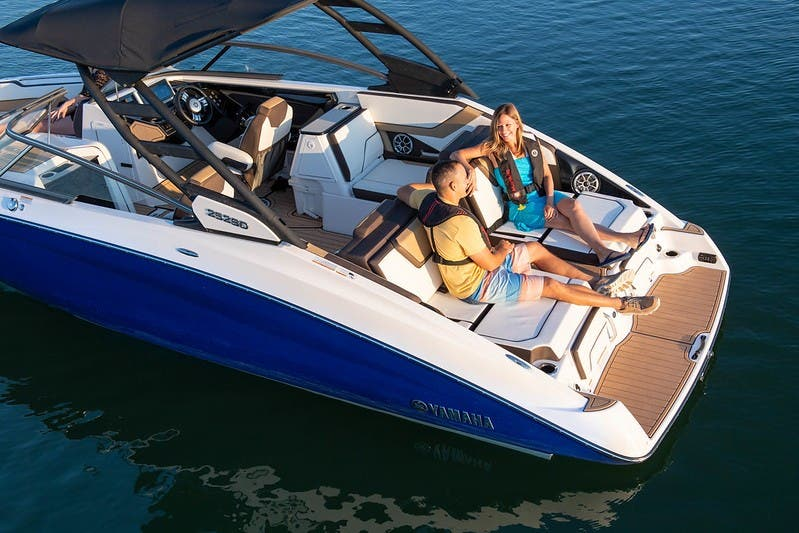 2021 Yamaha boat for sale, model of the boat is 252 & Image # 3 of 12
