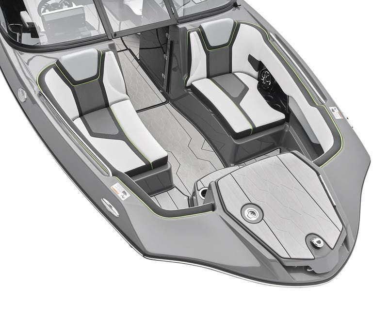 2021 Yamaha boat for sale, model of the boat is 255XD & Image # 6 of 21