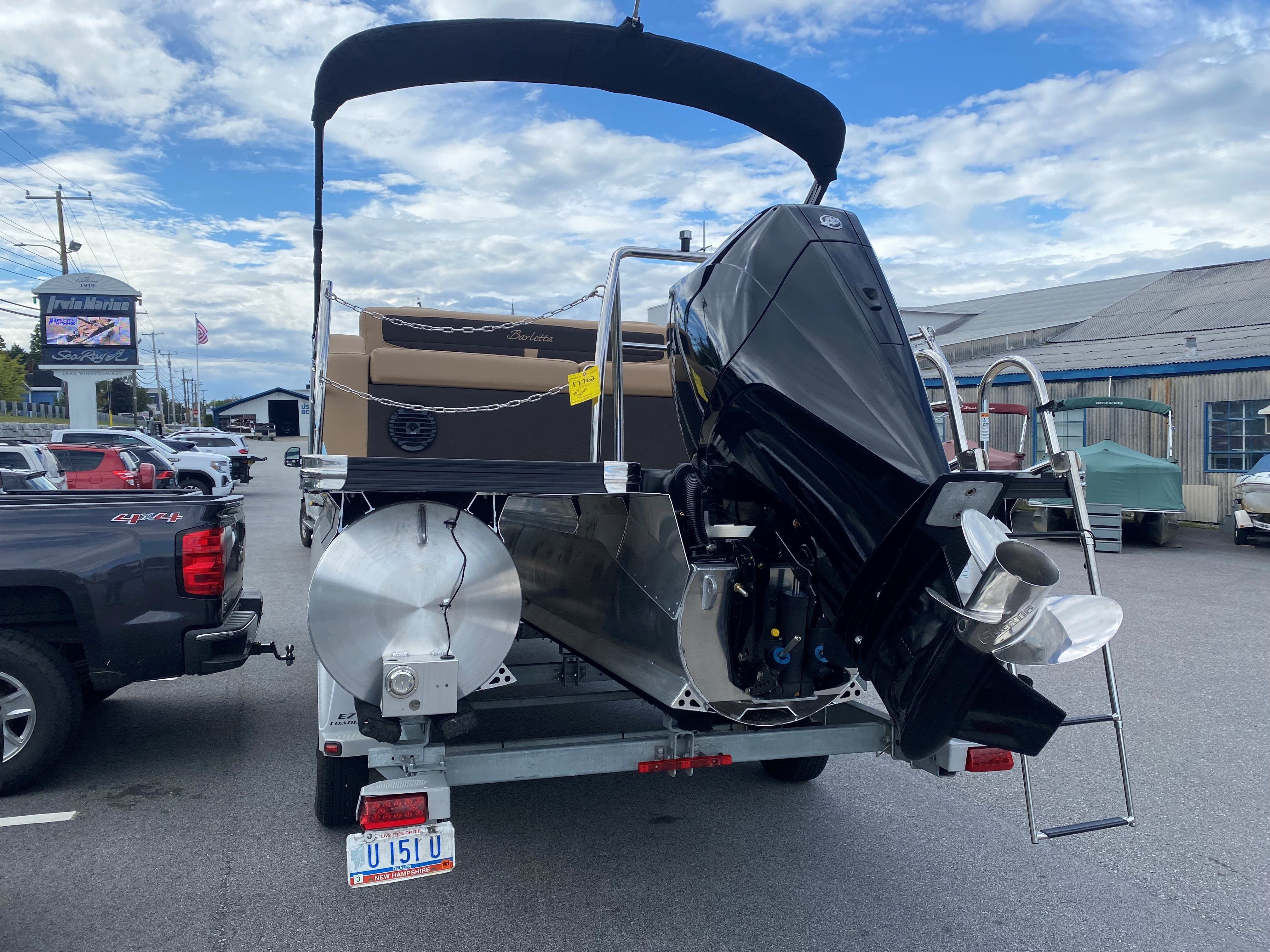 2022 Barletta boat for sale, model of the boat is C22UC & Image # 4 of 12