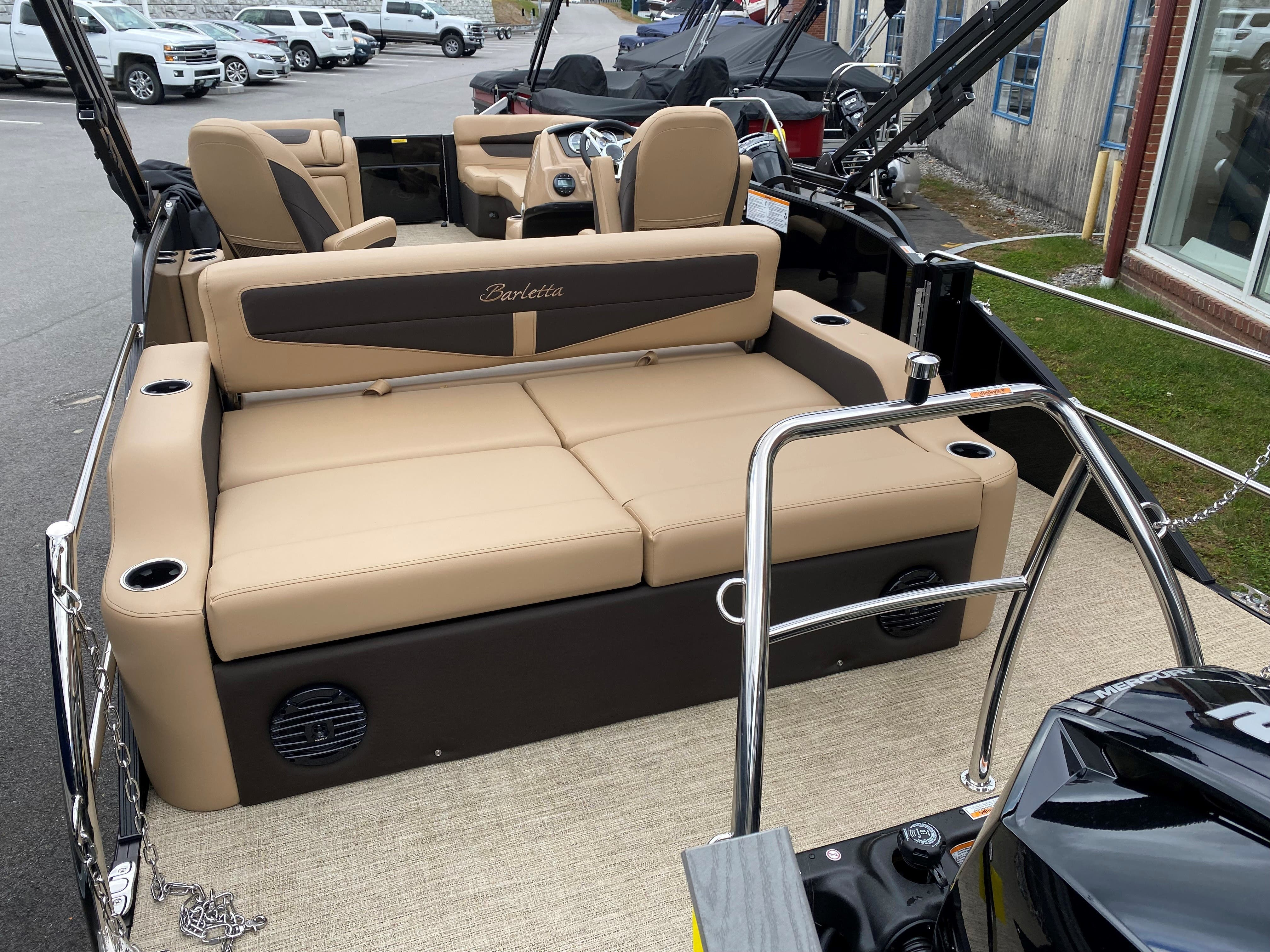 2022 Barletta boat for sale, model of the boat is C22UC & Image # 6 of 12
