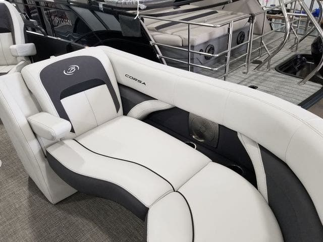 2022 Barletta boat for sale, model of the boat is Corsa23QCSSTT & Image # 14 of 23