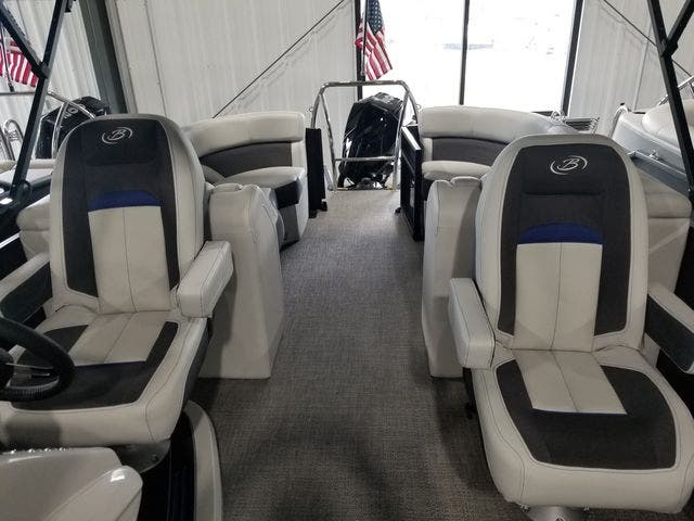 2022 Barletta boat for sale, model of the boat is Corsa23QCTT & Image # 6 of 17