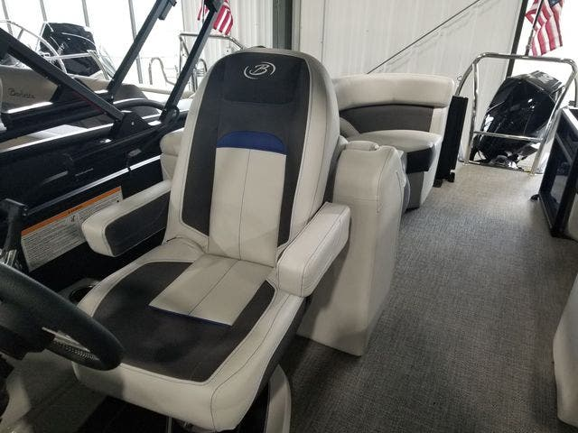 2022 Barletta boat for sale, model of the boat is Corsa23QCTT & Image # 12 of 17