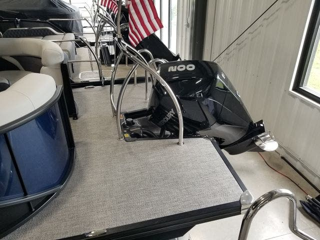 2022 Barletta boat for sale, model of the boat is Corsa23QCTT & Image # 14 of 17