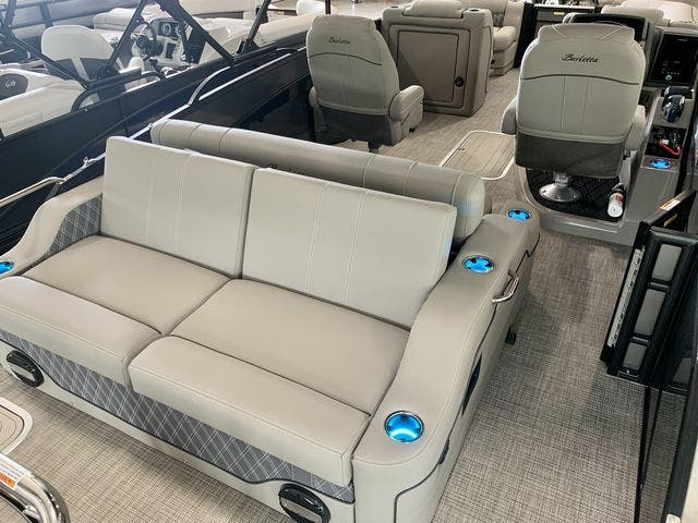 2022 Barletta boat for sale, model of the boat is L23UCTT & Image # 19 of 38