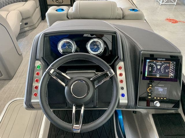 2022 Barletta boat for sale, model of the boat is L23UCTT & Image # 23 of 38