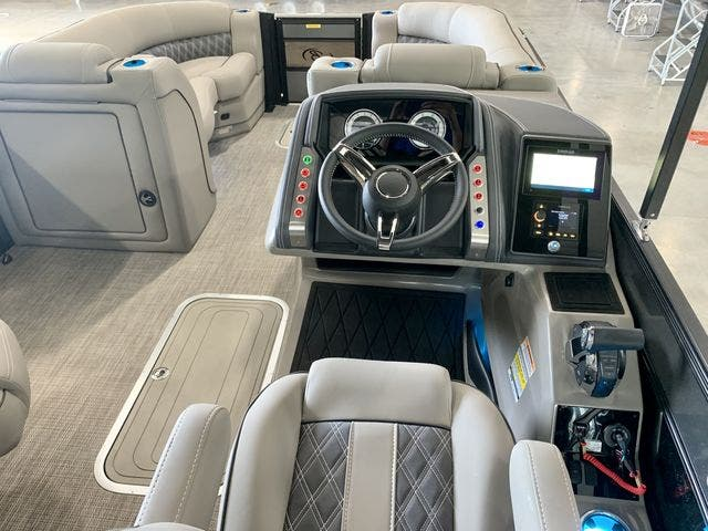 2022 Barletta boat for sale, model of the boat is L23UCTT & Image # 34 of 38