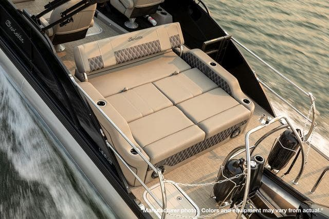2022 Barletta boat for sale, model of the boat is L25UCTT & Image # 4 of 7